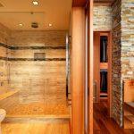 Душ-кабината в банята