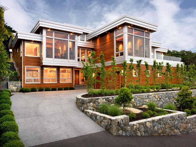 Къща с терасовидна градина
