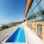 Тройни стъклопакети и окачена фасада допринасят за ниската консумация на енергия