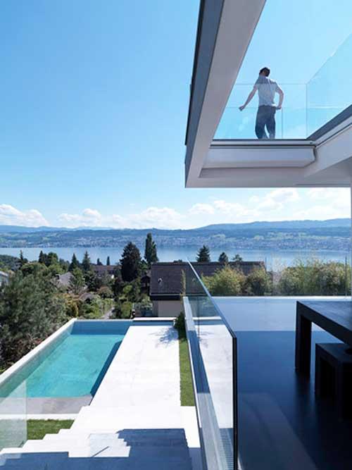 Модерна къща край езерото Цюрих