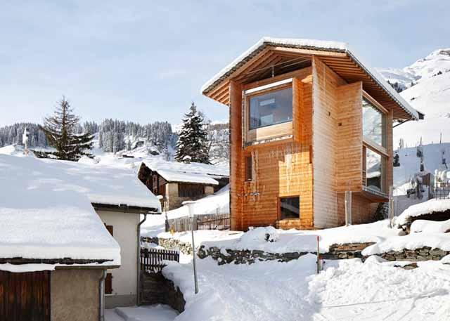 Натуралната естетика на дървените къщи