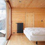 Дори и таваните са дървени...