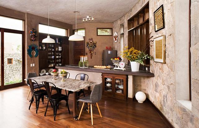 Кухня с кът за хранене