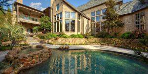 Къща с френски чар в Тексас