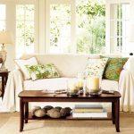 Възглавнички с мотиви от разкошни плажове в дневната
