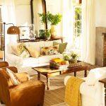 Възглавнички със слънчогледи в дневната
