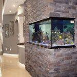Вграден ъглов аквариум