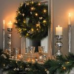 Светещата украса създава атмосфера и настроение!