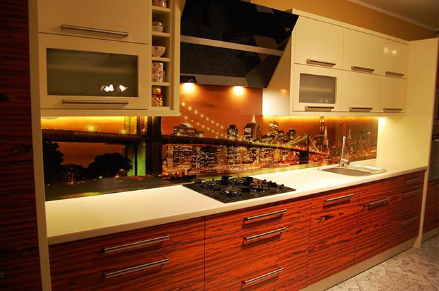 Принт гръб на кухня -По света...