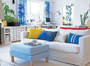 Декорация в синьо и бяло