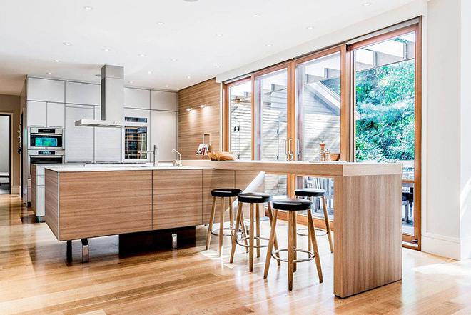 Барплот от дърво в кухнята - естетика и функционалност