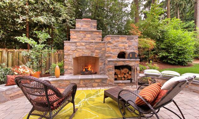 Рапсодия за градина, огън и топли емоции...