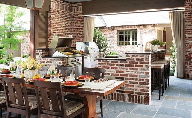 Кухня под небето - сърцето на лятото и градината
