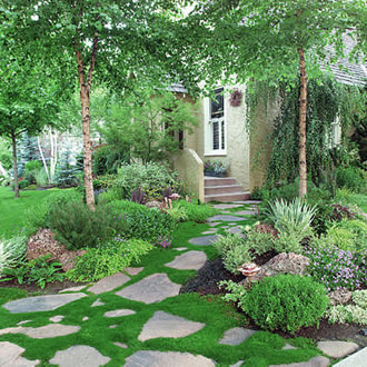 Настилките - декоративен и комуникационен елемент в градината