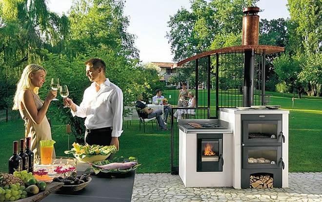 Време е за пикник в градината