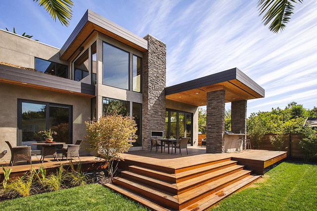 Изискан архитектурен стил под лъчите на калифорнийското слънце