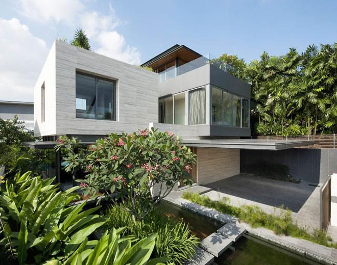 Къща - мечта от камък