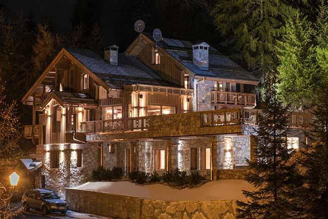Коледно настроение и не само в интериора на планинска къща