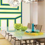 трапезария с декорация в ярки цветове за настроение