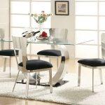 стъклена маса с метална основа, столове от метал с тапицирана седалка