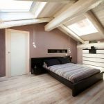 малка, но напълно функционална спалня