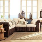 Романтиката на средиземноморието е пренесена чрез мебелите от екзотична дървесина
