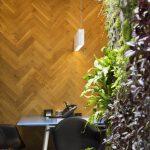Паркетна ламперия на стената