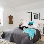Ярки декоративни акценти внасят свежест в помещението