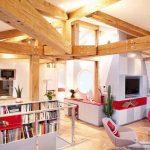 Дневната зона е отворено пространство с функционално обособени кътове