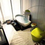 Банята е интерпретирана като част от активното  жилищно пространство