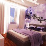 """""""Тънката лилава линия"""" продължава и в интериора на спалнята"""