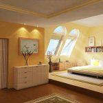 Спалня със скосени стени