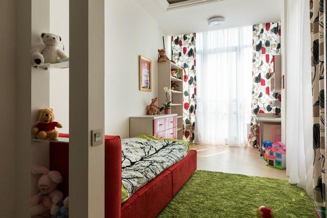 Детска стая за по-малкото дете