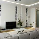 Интерес предизвикват черно-белие декоративни елементи