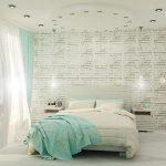 Вариант на спалнята с бели тухлички на стената