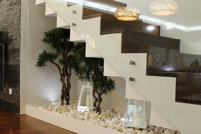 интериорни стълби