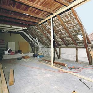 Превърнете стария таван в уютно жилищно пространство