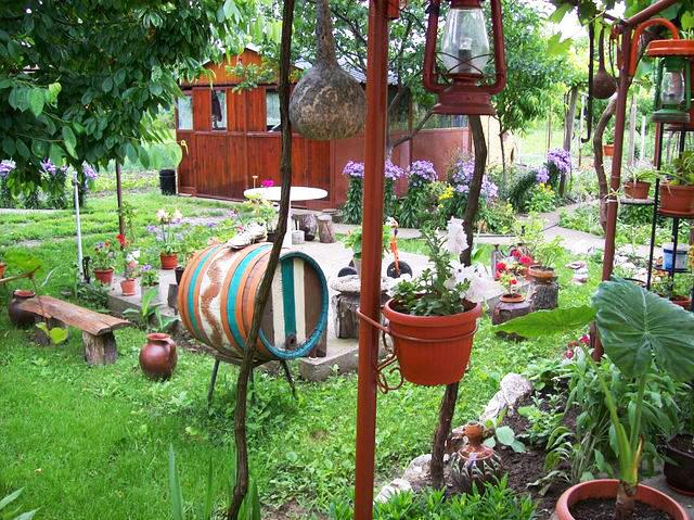 Декорация в градината - сн. Мая Иванова