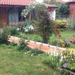 Градина с арка на Ренета Релиовска