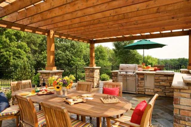 Идеи за кухни в двора