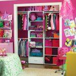Гардеробно помещение може да се организира и в детската стая