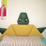 Костенурката-табла на леглото