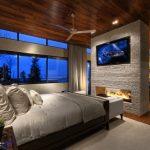 Камина срещу спалнята