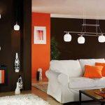 Мебели с бели калъфи
