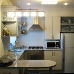 Бар плот в малка кухня