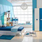 Стая в морски тонове