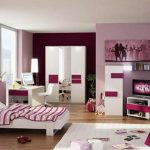 Стая за поотраснало момиче