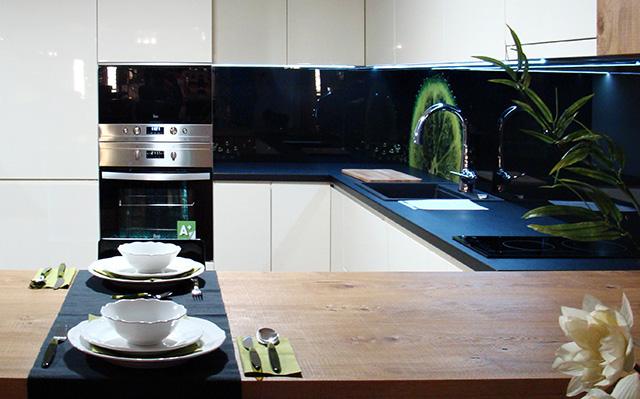Мострен модел кухня от Jessica