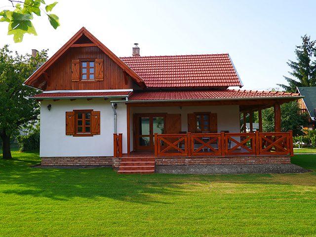 Реновация на скатен покрив с Тондах