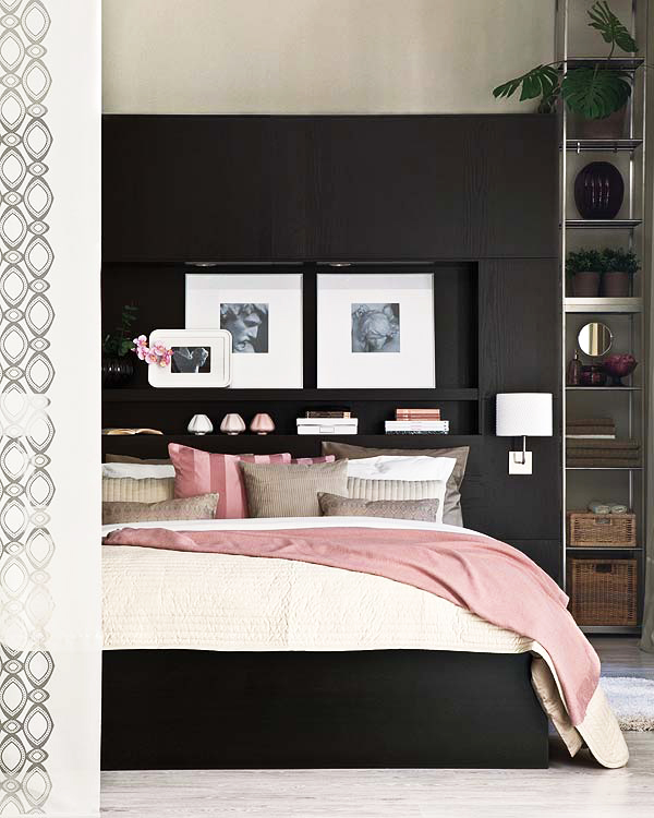 jilishta-accent-in-bedroom-13